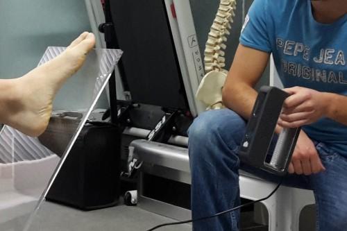 que fait un podologue - prise d'empreinte en 3D